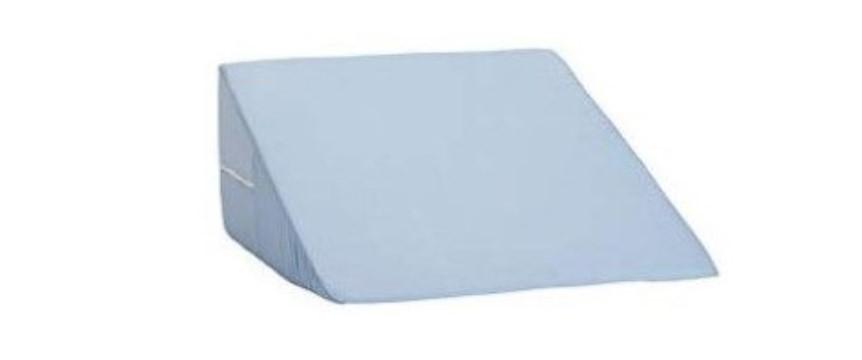 青い三角枕の写真