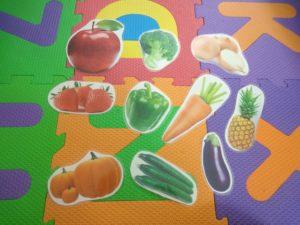 ラミネートで作った野菜と果物